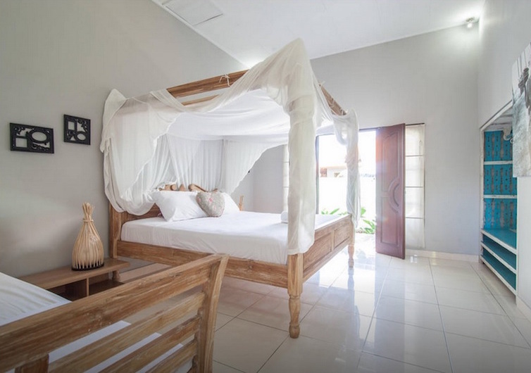 seminyak-bali-seagrass-villa-best-deal-4-bedroom-12-people-10
