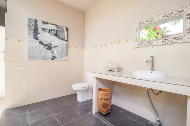 seminyak-bali-seagrass-villa-best-deal-4-bedroom-12-people-18