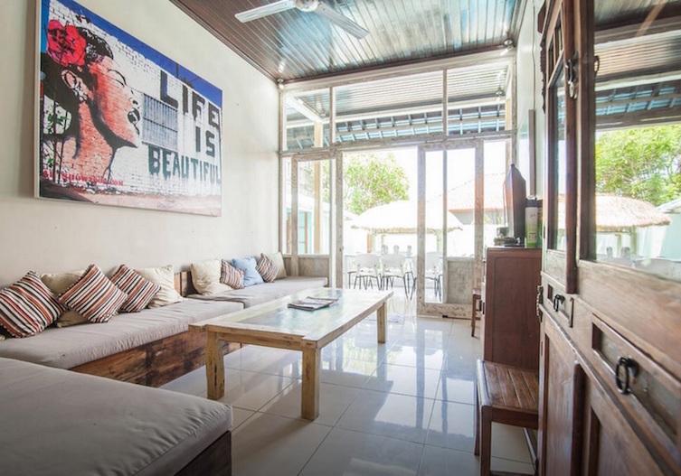 seminyak-bali-seagrass-villa-best-deal-4-bedroom-12-people-6