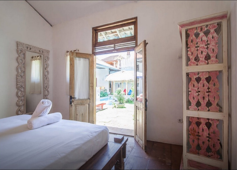 seminyak-bali-seagrass-villa-best-deal-4-bedroom-12-people-7