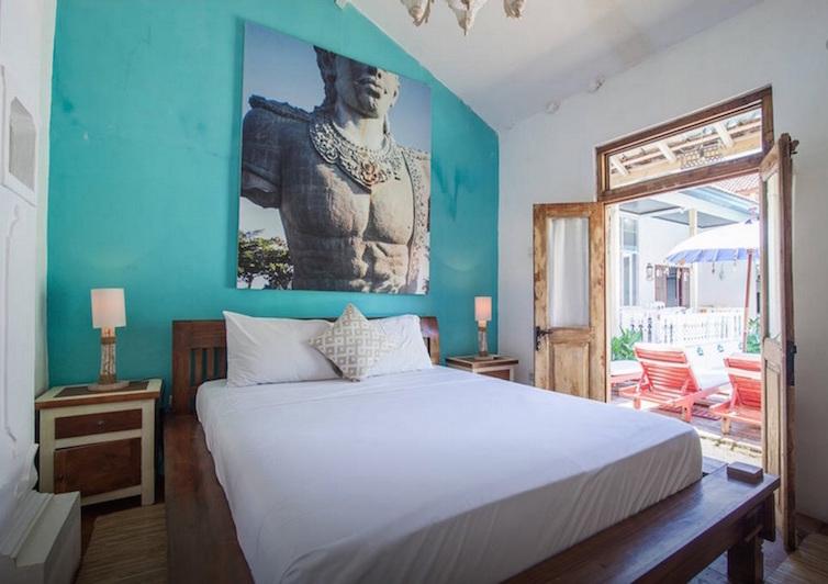seminyak-bali-seagrass-villa-best-deal-4-bedroom-12-people-8
