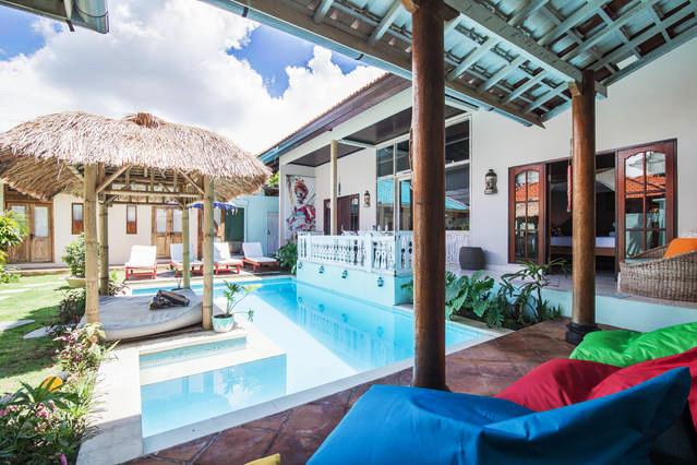 seminyak-seagrass-cheap-4-bedroom-villa-in-bali-close-to-beach-4